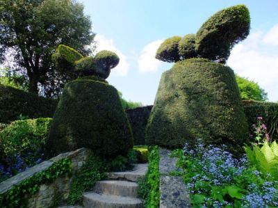 topiary birds