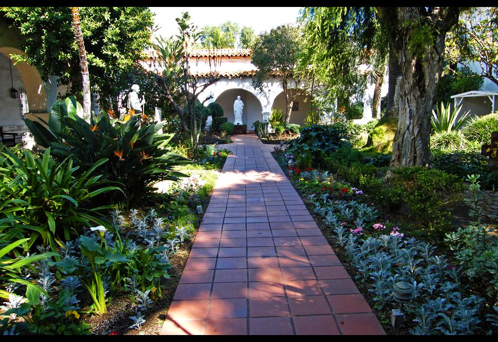 San Diego De Alcala The Meditation Garden Earth Laughs
