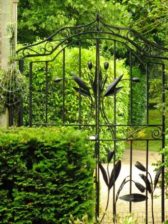 Tulip Gates