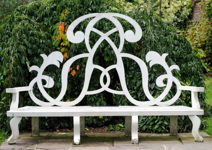 Bench with the initial AR = Anne Rosse