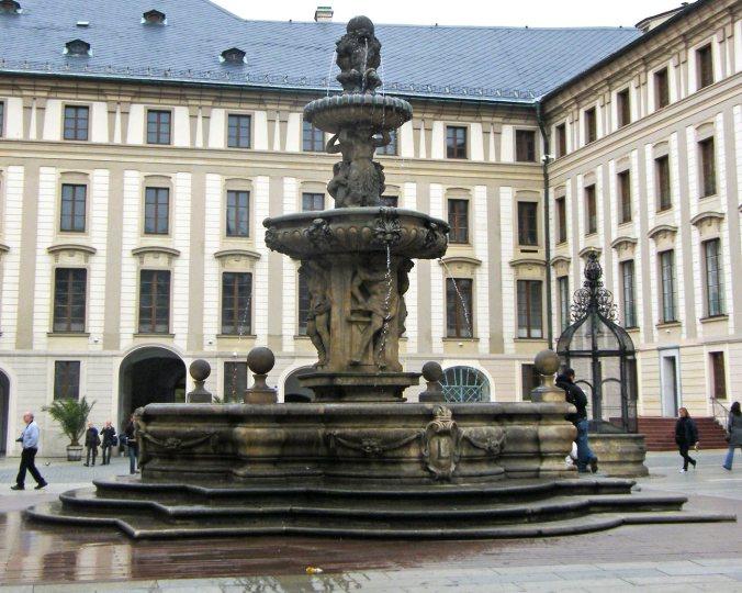 Kohl-Fountain-(1)