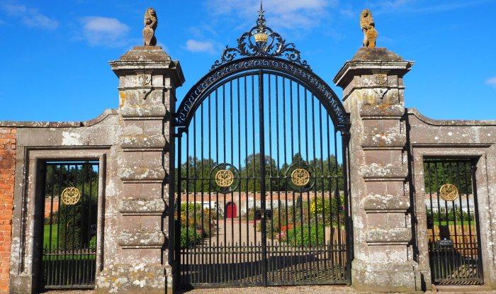 Garden Portrait: Glamis Castle WalledGarden