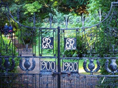 Queen Mother's Gates